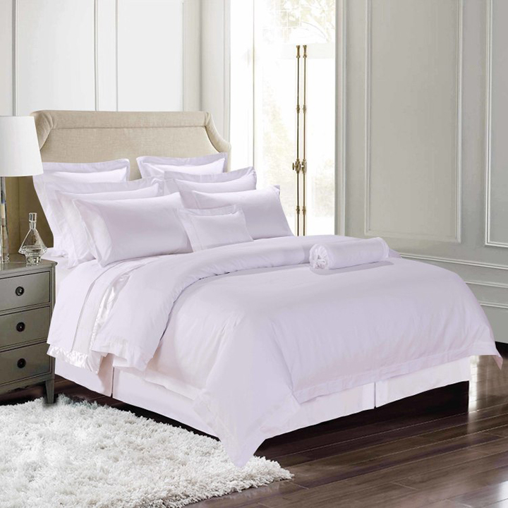 快適な眠りは、まずは質の高いこだわりの寝具選びから。「400TCコットンサテンシリーズ」は、品質の高さはもちろんのこと、サイズやカラー展開も豊富でコーディネートしやすいことから、お客様に選ばれる人気の高い寝具シリーズです。ハイグレードなホテルで使われている高級寝具と同等以上の寝具をご自宅でお使いになりませんか?